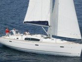 Sailboat charter Oceanis 43