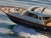 Yacht charter Apreamare 48