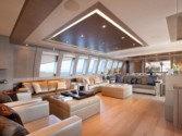 Yacht charter GRIFFIN