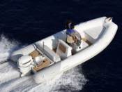 HYERES MOTOR BOAT RENTAL MEDLINE 580