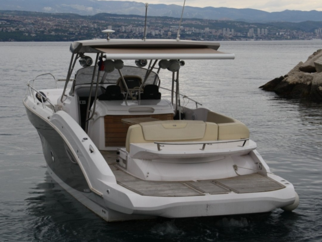 GOLFE JUAN MOTOR BOAT RENTAL KEY LARGO 34