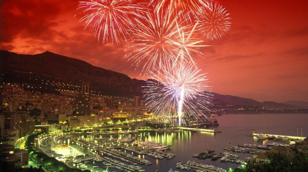 Monaco Fireworks Festival 2018 Monaco All Inclusive Boat Rental Monaco All Inclusive Yacht
