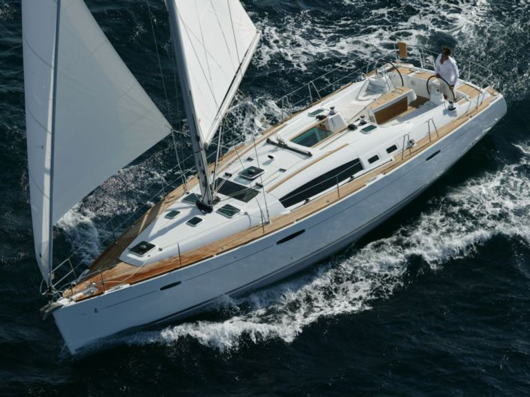 Sailboat charter Oceanis 46