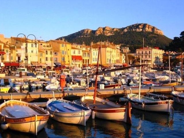 Location de bateau cassis yacht charter cassis ports de location de bateau port yacht - Piscine municipale cassis nice ...