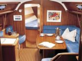 Sailboat charter Bavaria 37