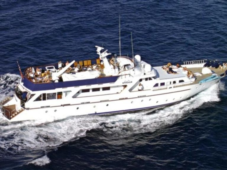 Yacht Charter  LADY ROXANNE