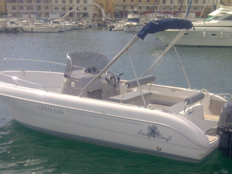Boat Rental Pacific Craft 630